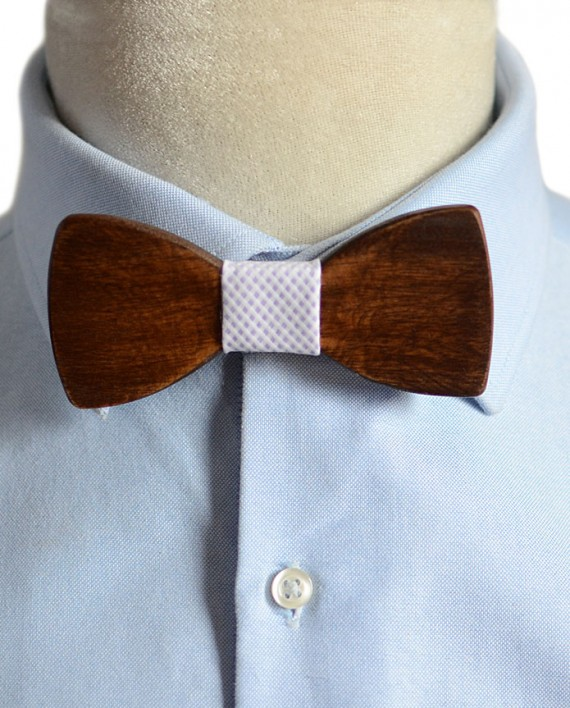 Wood-Bow-Tie-Daintree