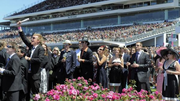 flemington-crowd