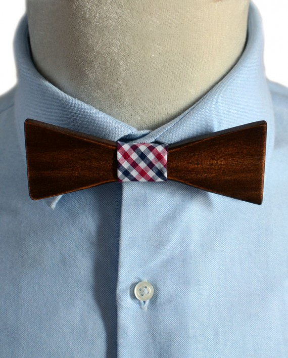 Wooden-Bow-Tie-Pontious